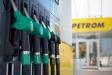 Dupa taxa pe stalp si accize, businessul Petrom a mai primit o lovitura: barilul de petrol s-a ieftinit cu 23%