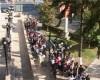 Coada absolventilor: 870 au venit someri, 8 au plecat angajati
