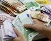 Romanii cred orbeste in EURO si se feresc cat pot de LEU