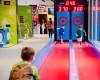 """Doi tineri cu antreprenoriatul """"în sânge"""" au investit 700.000 € într-un loc de joacă de 1.100 mp în centrul comercial Băneasa."""