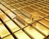 Investitorii s-au adapostit in aur si franci elvetieni de furtuna din Rusia