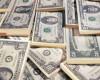 Francul si dolarul ating noi valori record. Moneda americana s-a apropiat de 4 lei