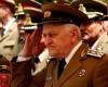 Guvernul reintroduce pensiile speciale pentru poliţişti şi militari