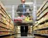 Retailerii au redus preţurile la alimentele de bază, carne, lapte şi ulei, cu 12%