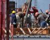 Declin major în sectorul construcţiilor