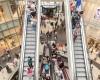 Românii și mallurile: de la shopping la destinație de timp liber!